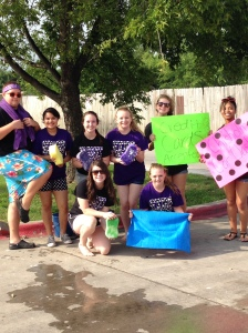 Cheerleading fundraiser car wash